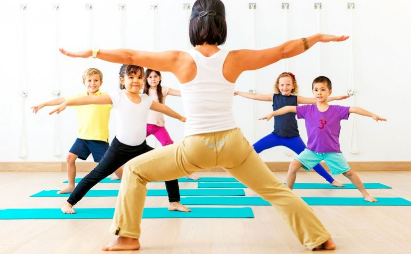 Czy dzieci powinny ćwiczyć jogę?