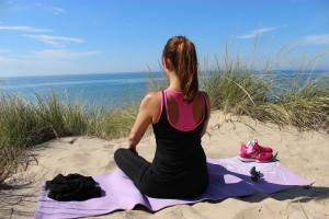 proste-cwiczenia-na-kregoslup-piersiowy