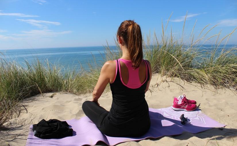 Proste ćwiczenia na kręgosłup piersiowy