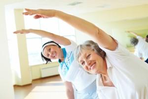 aktywni-seniorzy-coraz-czesciej-spotkasz-ich-w-klubach-fitness