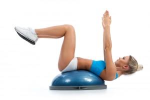 bosu-fitness-polaczenie-pilki-i-stepu