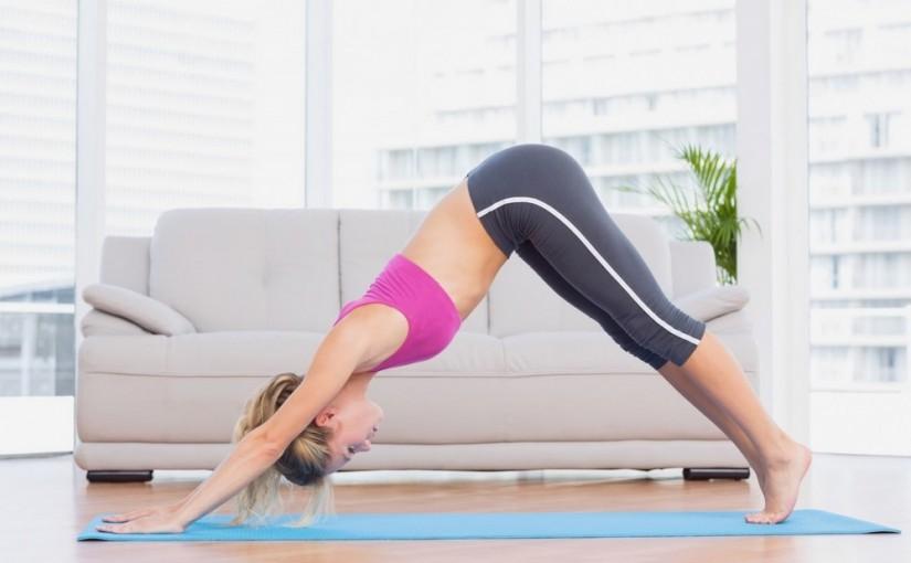 Ćwiczenia pilates. Zestaw, który wykonasz w domu