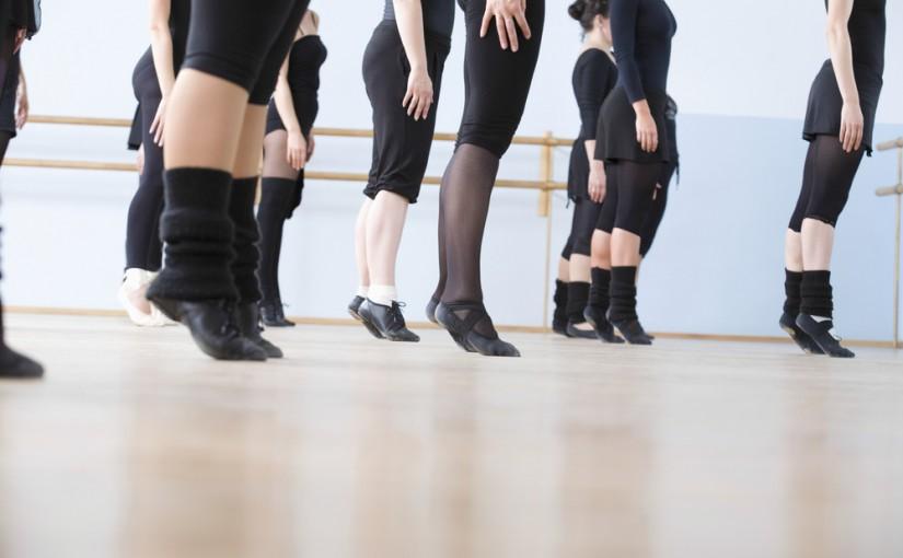 Nauka tańca – dlaczego warto dać się porwać rytmom