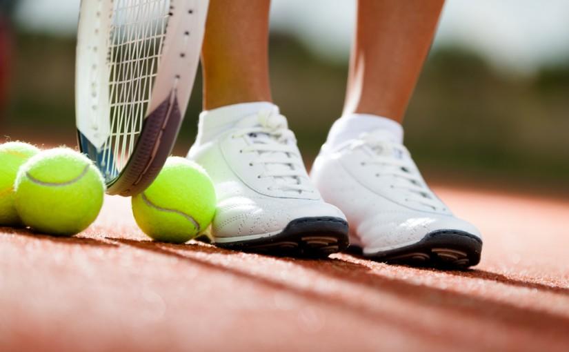 Tenis ziemny – aktywność dobra dla wszystkich
