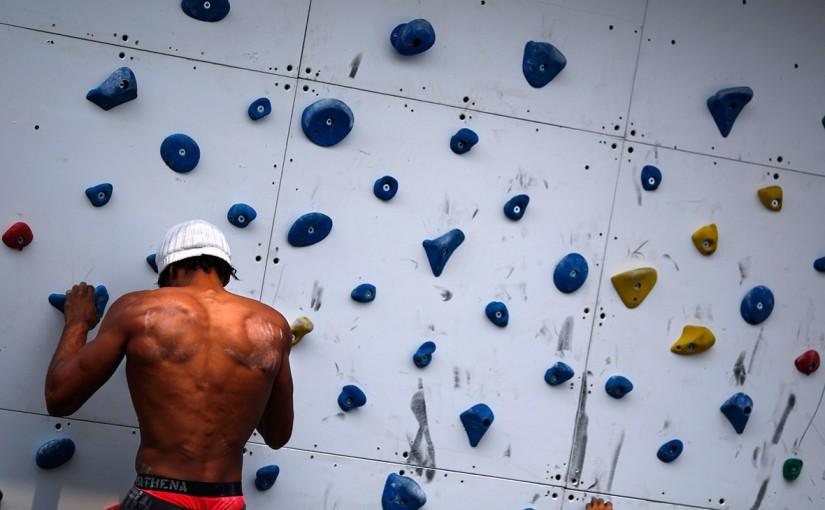 Co warto wiedzieć przed pierwszą wizytą na ściance wspinaczkowej