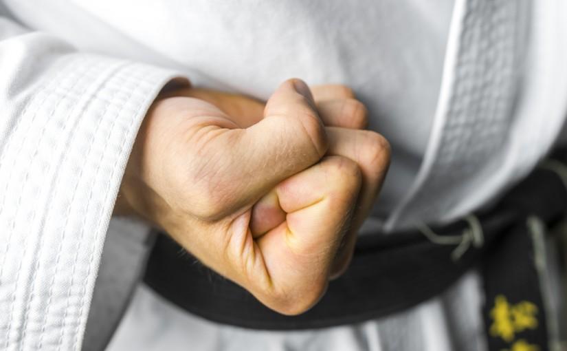 Pasy w karate – znaczenie koloru