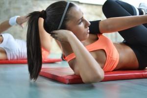 cztery-efektywne-cwiczenia-ktore-poprawia-twoje-miesnie-brzucha