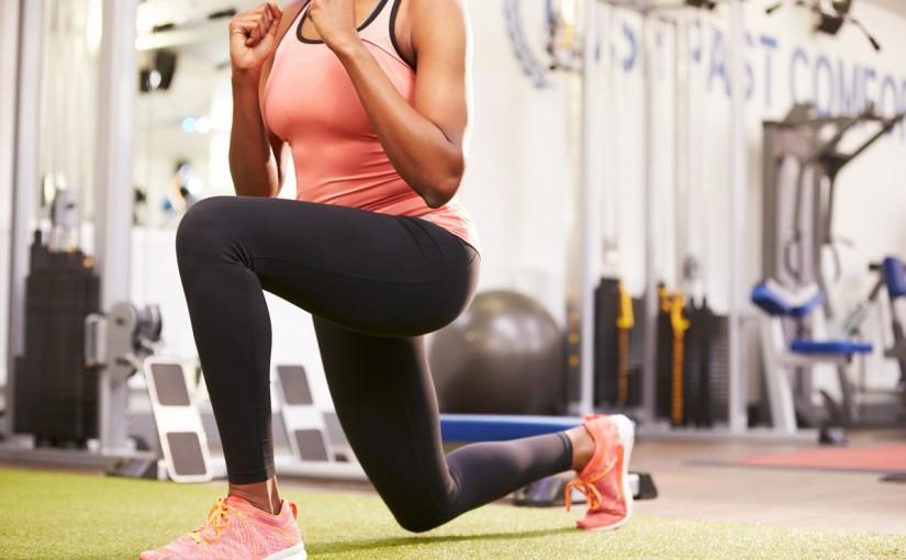 Ćwiczenia na uda: Nietypowe wykorzystanie maszyn – część 4